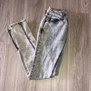 Urban Outfitter Silence and Noise denim jeans